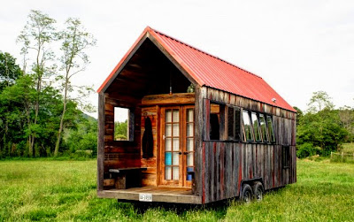 The flying tortoise aaron maret 39 s beautiful and simple for Minimalist house on wheels