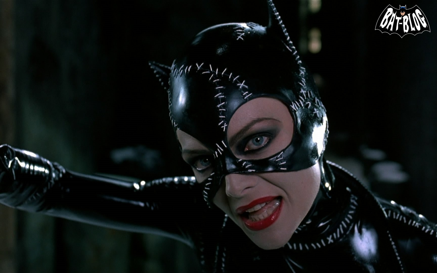 catwoman wallpaper backgrounds to brighten your day and your pc