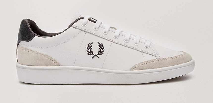 White sneakers_Fred Perry