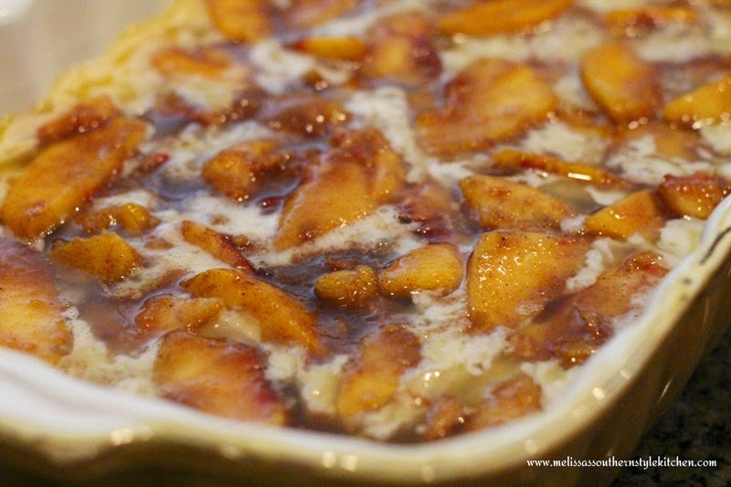 Old Fashioned Peach Cobbler - melissassouthernstylekitchen.com