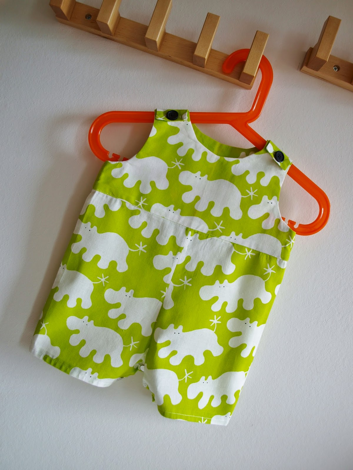 Crafted by carly baby boys romper i found the pattern here on the melly sews website if youve into sewing you should definitely take a look there are loads of free patterns and jeuxipadfo Gallery