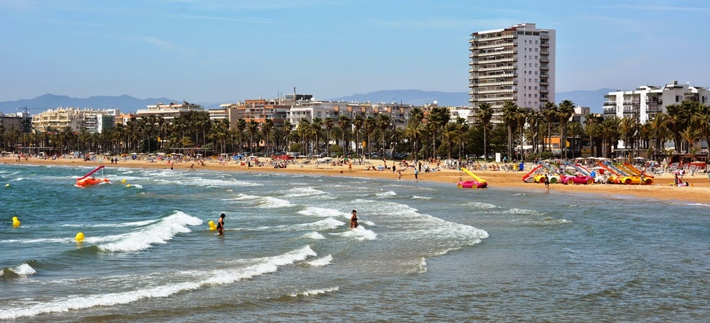 Salou Beach waves