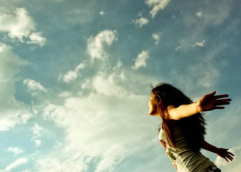 Sky Feel Free Girl