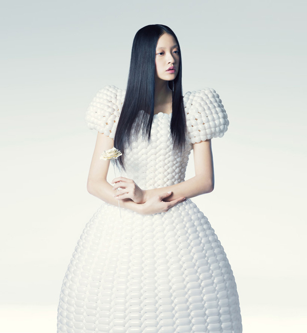 modelos vestidos mujeres globos alta costura
