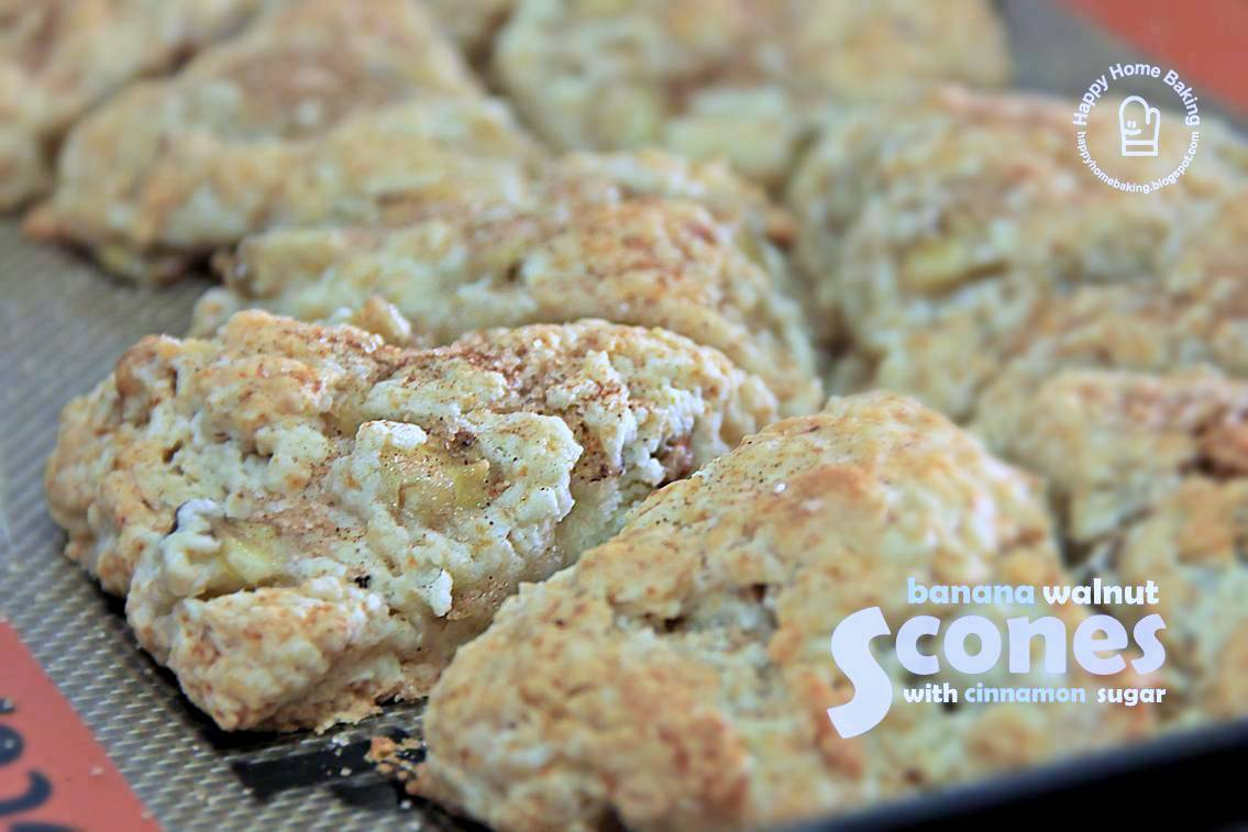 couldn't keep them off my mind when I first saw these banana scones ...