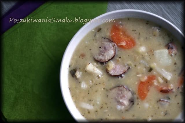 Zupa grochowa, grochówka mięsna