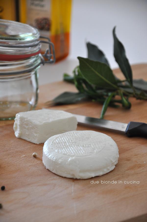 Due bionde in cucina petit ch vre agli aromi - Aromi in cucina ...