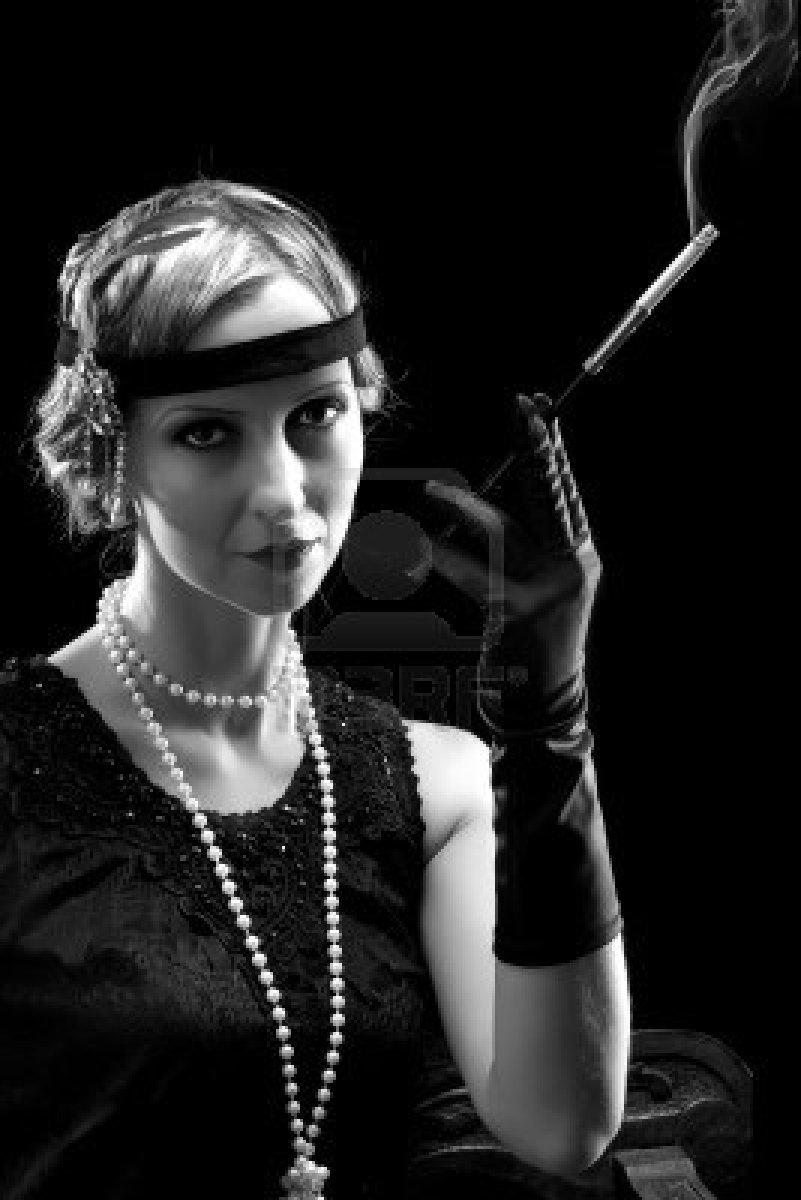 Smoking flapper in the 1920s  Women  Pinterest