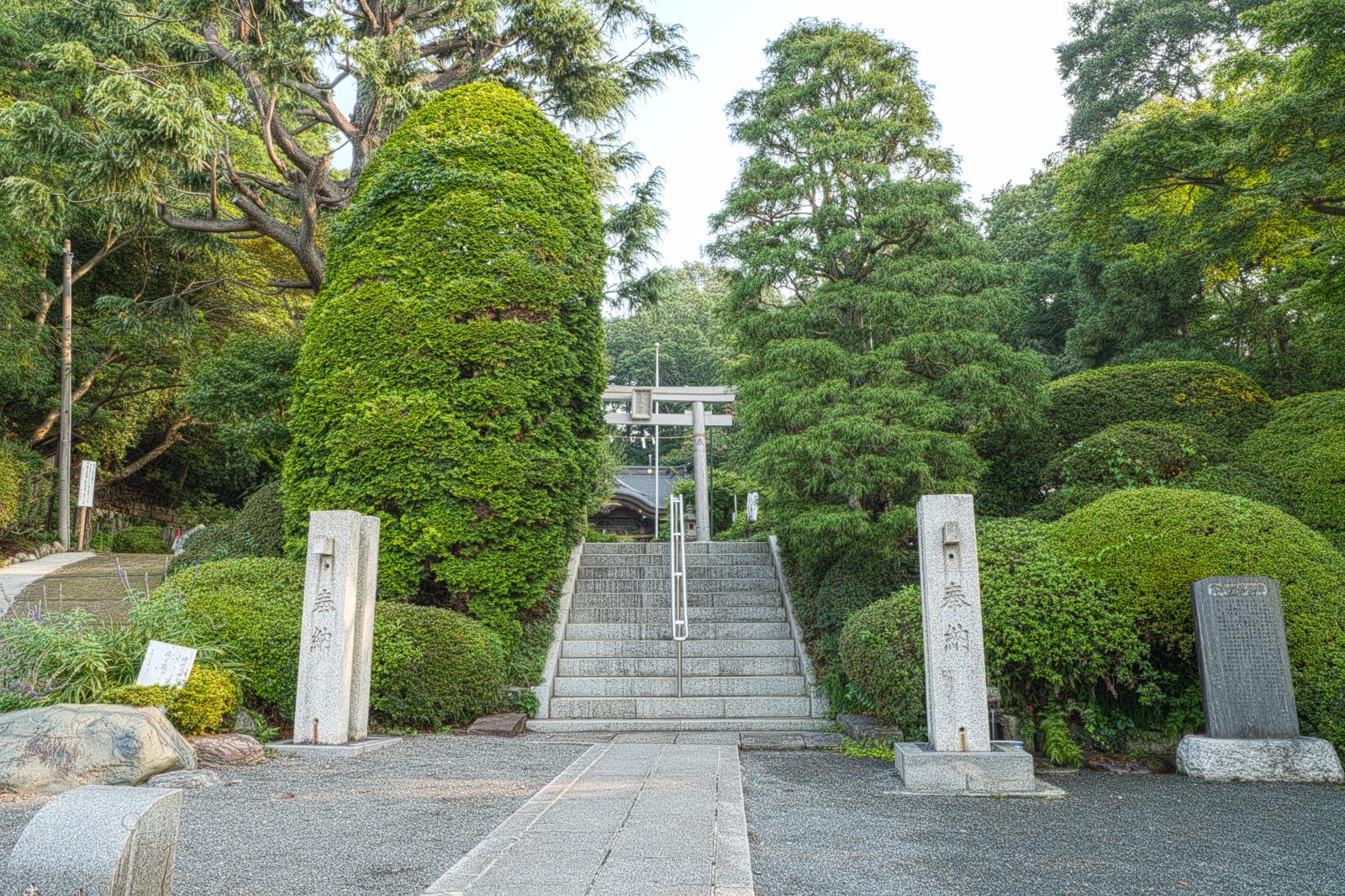 貫井神社入り口を写した写真