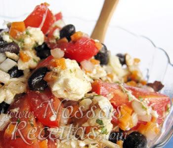 receita de salada preparada com feijão preto