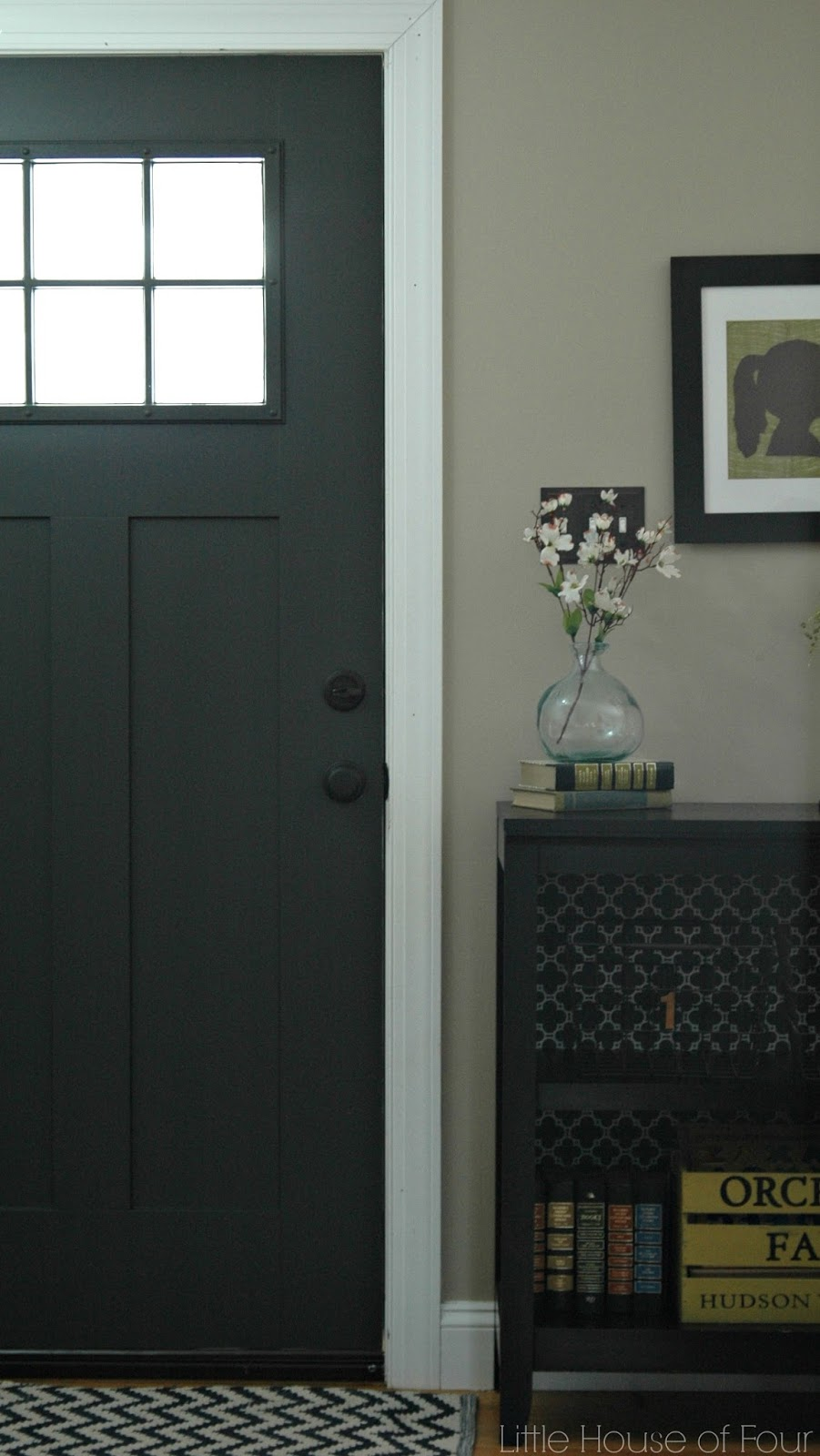 updating the entryway with sherwin williams iron ore little house of. Black Bedroom Furniture Sets. Home Design Ideas