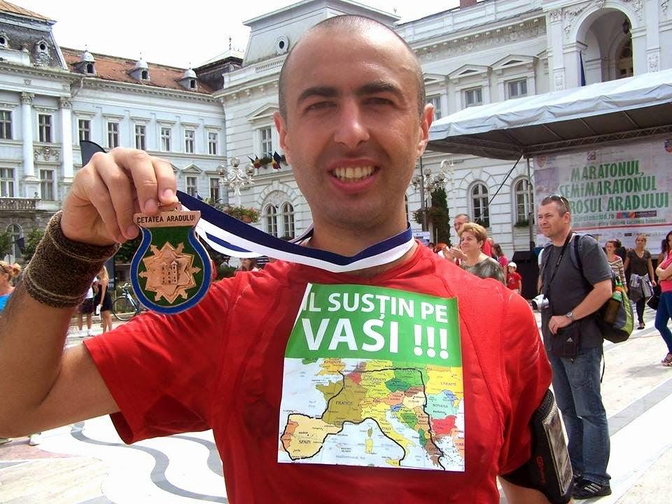 Maraton Arad 2014. Un eveniment REUŞIT în ciuda tuturor dificultăţilor. Medalie. Vasile Stoica