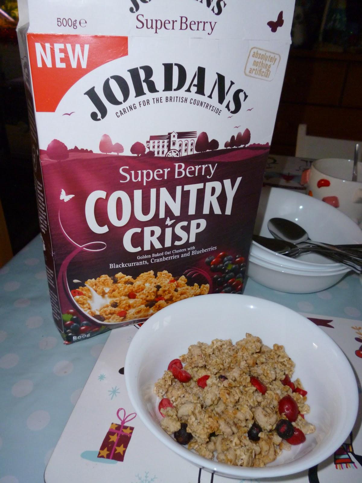 Madhouse Family Reviews: Jordans Super Berry Country Crisp review