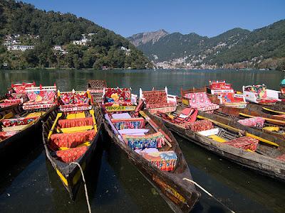 Naintal-travel-photo, holidays-india-nainital, lake-district, lake-photo