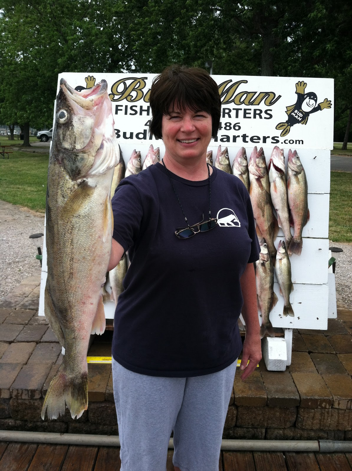 Lake erie walleye fishing reports canadian line east of for Odnr fishing report
