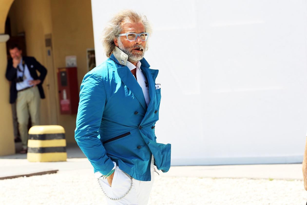 Фото стильных мужчин с улиц мира