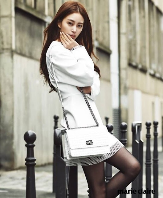 1970s Mini Cross Body Bags Style for Decke by Han Ye Seul