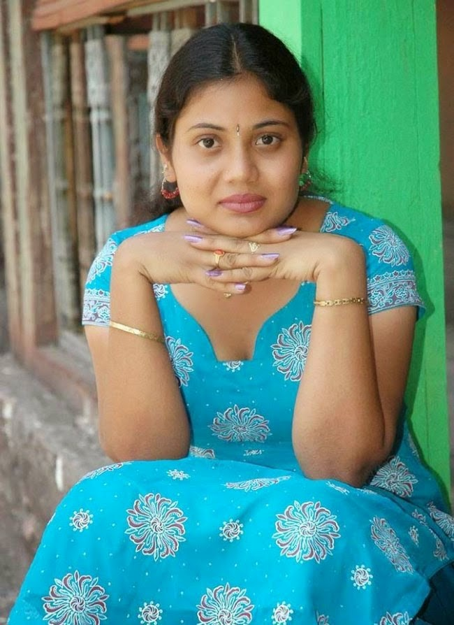 housewife rupa in blue suit