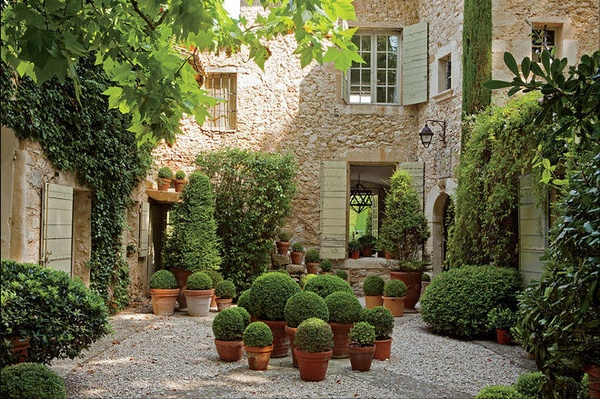 Color outside the lines more courtyards for French style courtyard ideas