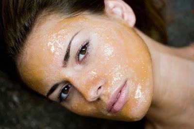 maschera viso, pelle grassa, combattere le impurità della pelle, miele