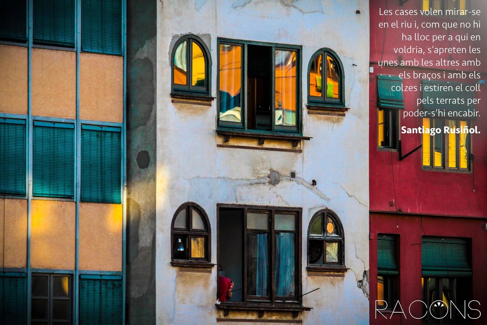 detall de les cases de l'onyar Girona amb cita de Santiago Rusiñol