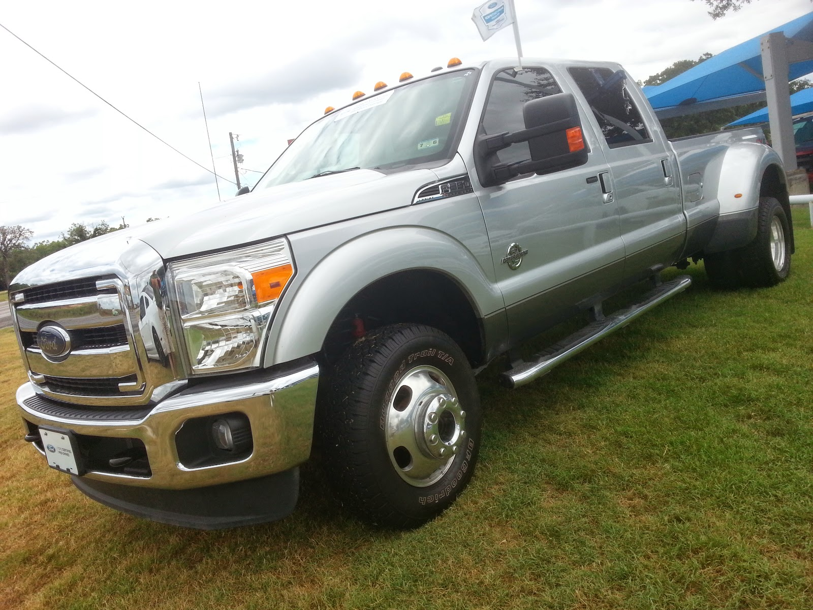 Pre owned for sale 45 995 silver 2013 ford f350 lariat fx4 power stroke diesel 4x4 w air lift