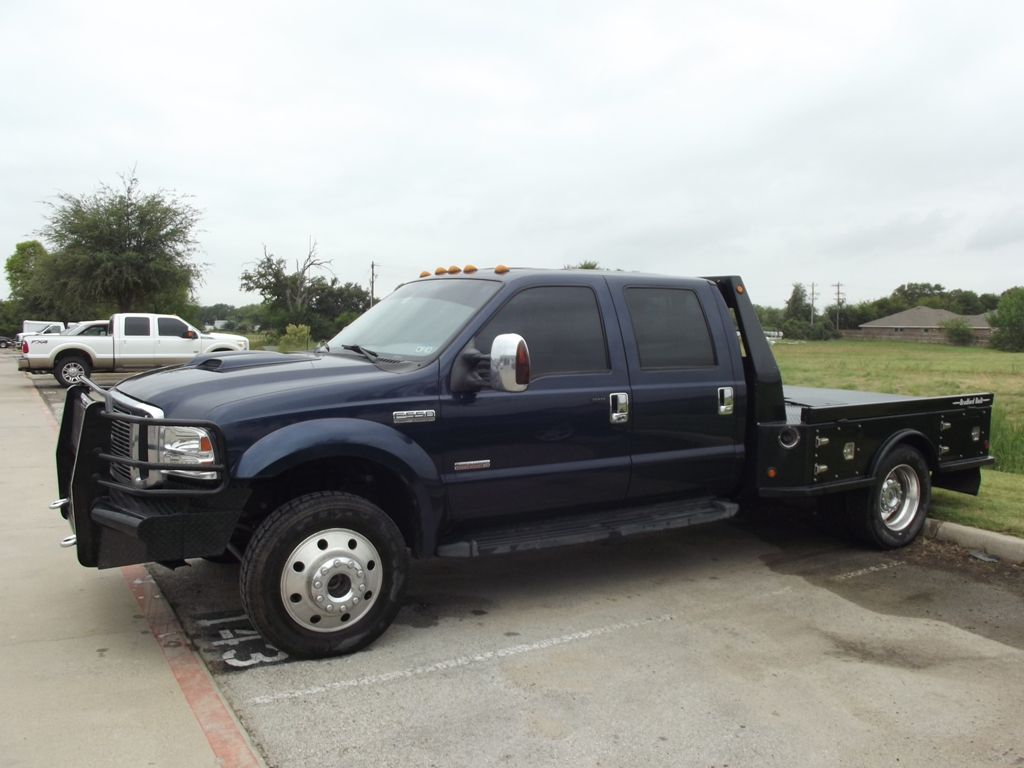 For sale 24 988 a 2006 ford lariat f series super duty f550 crew cab 4x4 57k miles flatbed diesel truck dfw dealer mb auto troy young 817 243 9840