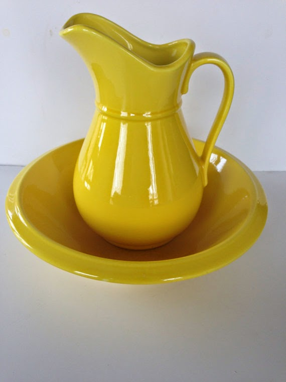 https://www.etsy.com/listing/177426025/vintage-1960s-holiday-designs-usa-yellow?ref=shop_home_active_18