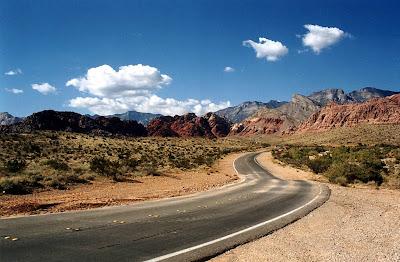 A estrada panorâmica Red Rock Scenic – EUA