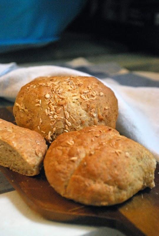 Kokosowe bułki pszenno - razowe