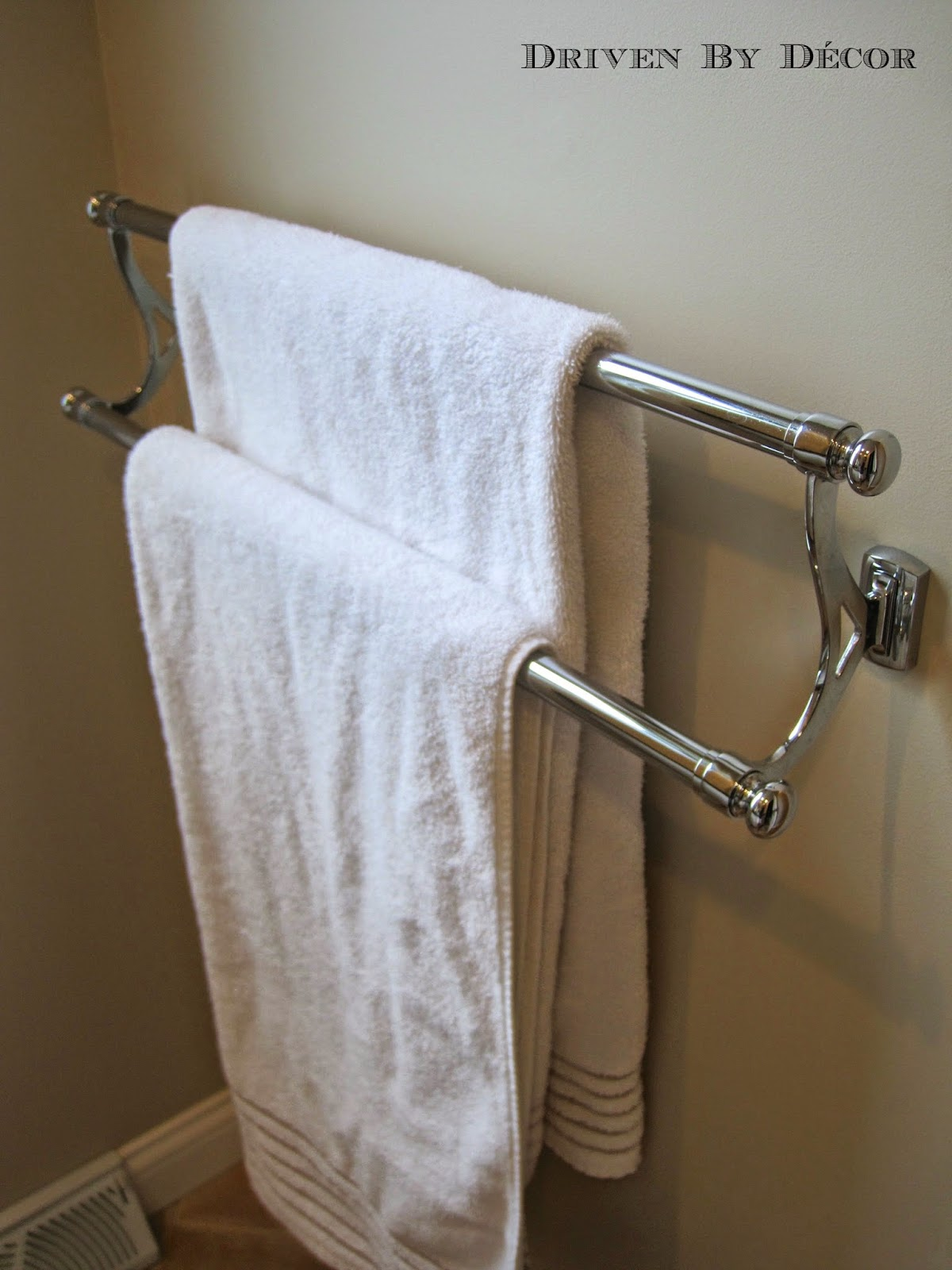 house tour girlsu0027 bathroom - Double Towel Bar