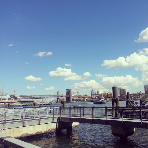 View of Brooklyn Bridge from IKEA ferry on *sparklingly [http://www.sparklingly.blogspot.com]