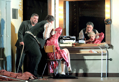 Dimitri Platanias, Aleksandrs Antonenko, Carmen Giannattasio - (C) ROH. Photographer Catherine Ashmore