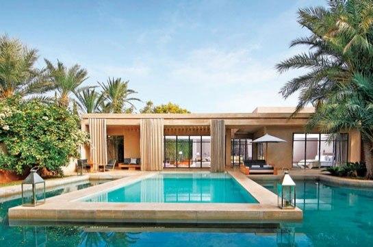 Catha tr s tr s chic 37 fotos de lindas casas modernas for Fotos de piscinas hermosas