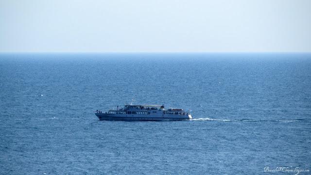 Экскурсионный катер бухта Ласпи