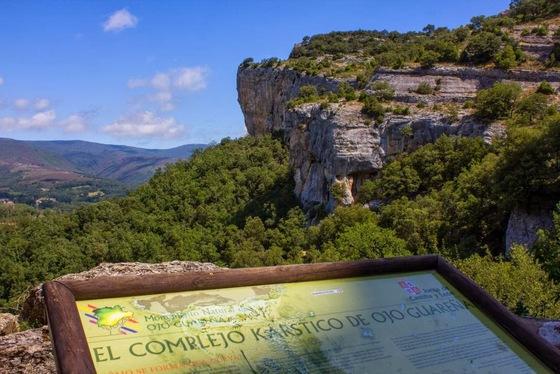 imagen_ojo_guareña_cueva_Burgos_merindad_sotoscueva_paisaje_vistas