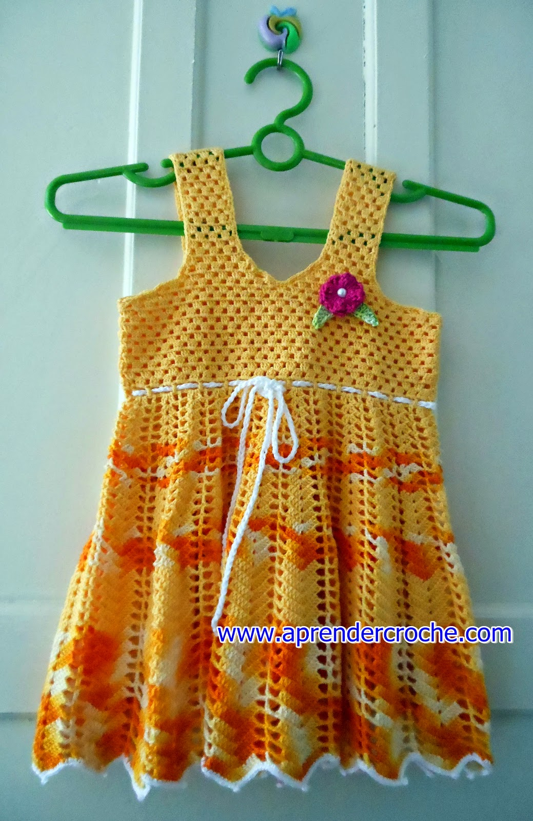vestido aprender croche vestidinho bebê menina amarelo dvd video-aulas loja curso de croche edinir-croche