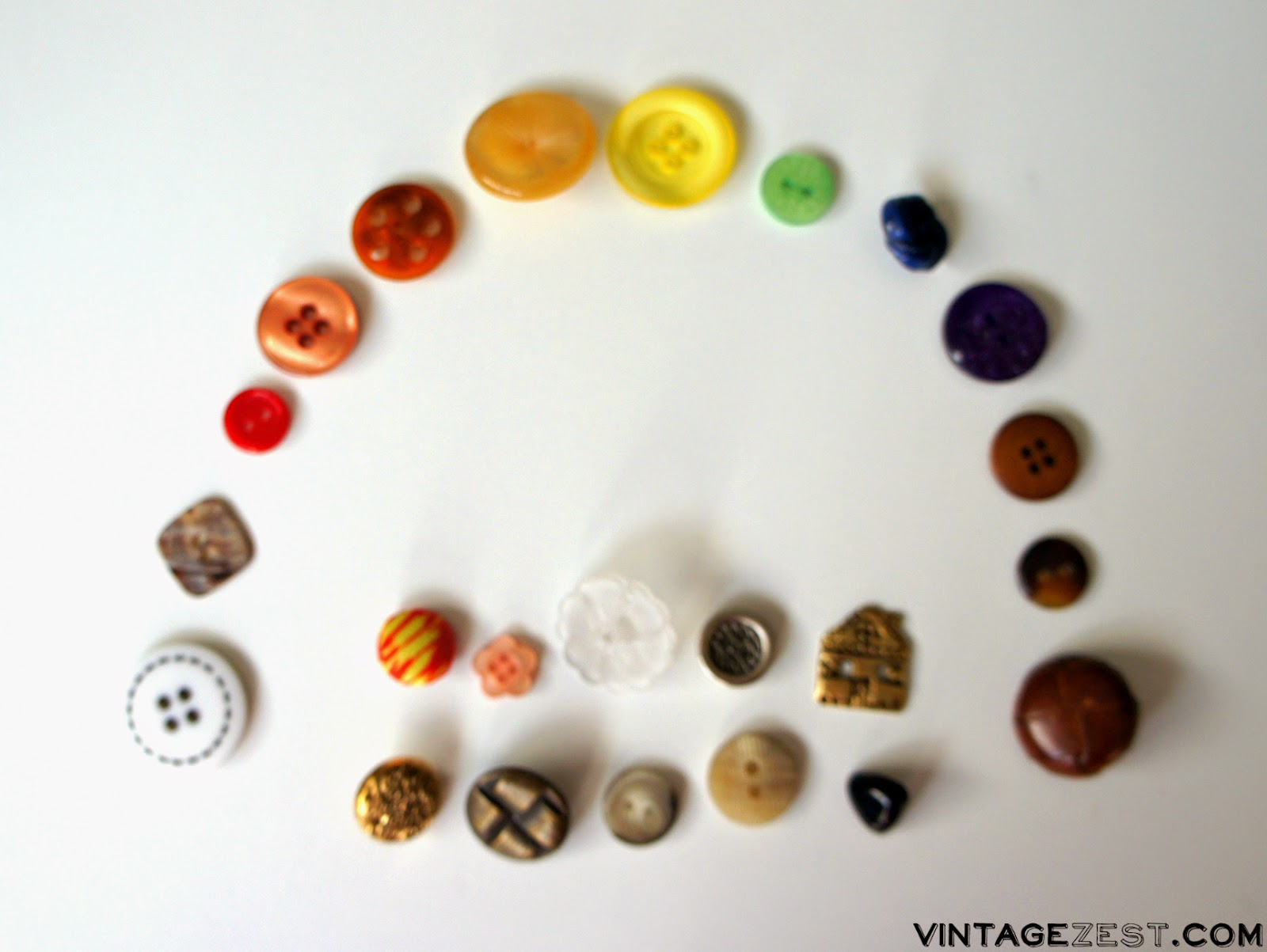 (Cute as a) Button Organization on Diane's Vintage Zest!  #organizing #sewing