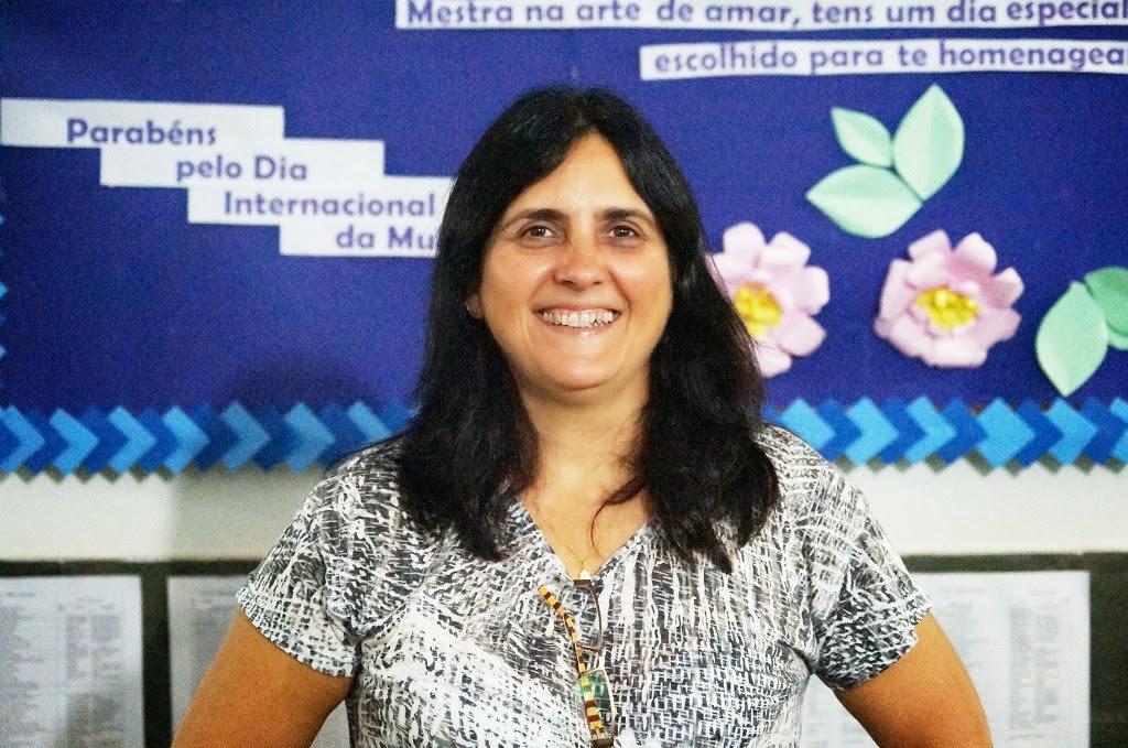 A orientadora pedagógica Marcia Miranda explica a importância dessa iniciativa para os alunos da EJA