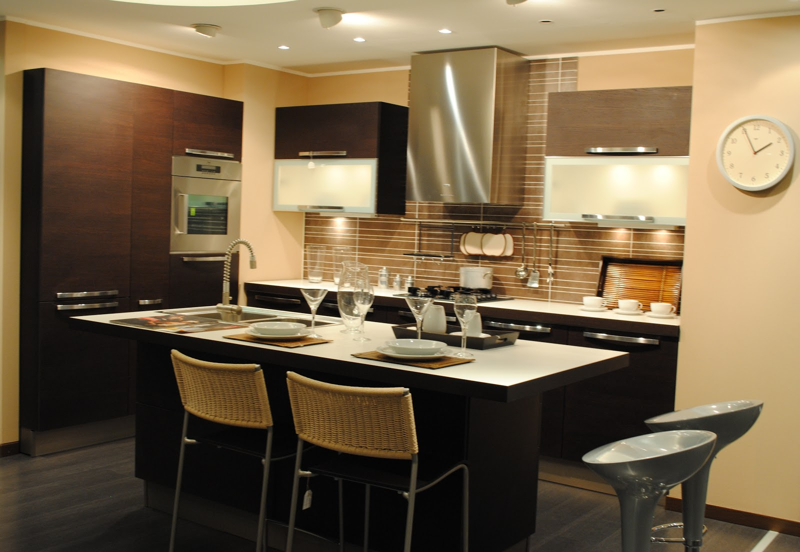 Veneta Cucine Domus Arredi : Stiamo Rinnovando Il Nostro Centro Veneta  #88A922 1600 1104 Veneta Cucine Milano E Provincia