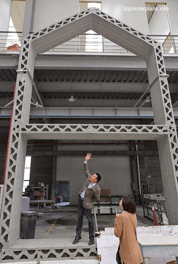 Muestra de la estructura de una casa en Japón construida con impresora 3D y materiales reciclados