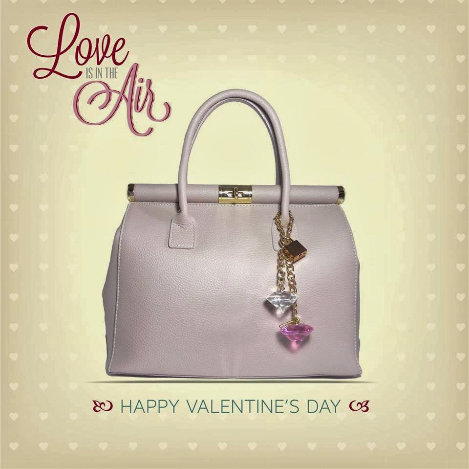 http://www.millenniumstar.it/borse-da-donna-millennium-bag/1114-marilyn-borsa-da-donna-in-pelle-di-colore-rosa-cipria.html