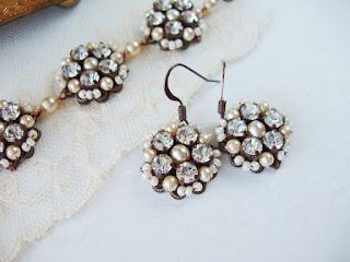 crystal earrings, romantic earrings, wedding, bridal, crystal bracelet, jewelry sets, crystal sets, bridal sets, vintage style, vintage wedding, vintage design, Art Deco, Art Nouveau