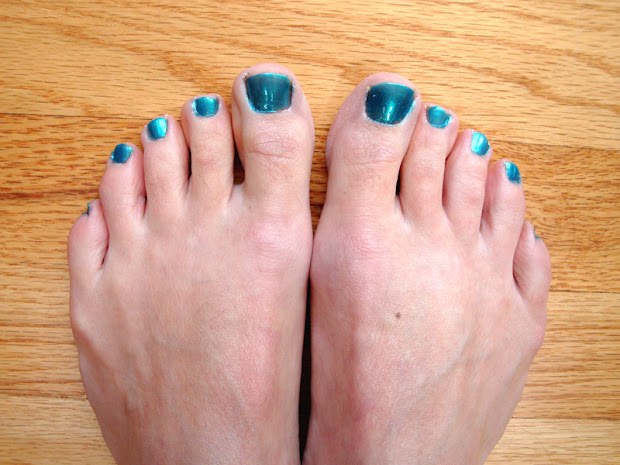 blue toenails - sweet tiny teen
