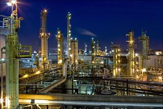 raffineria di petrolio grezzo