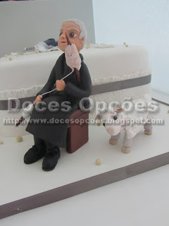bolo aniversário avó a fiar