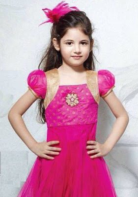 Beautiful pic of harshali AKA munni in pink dress