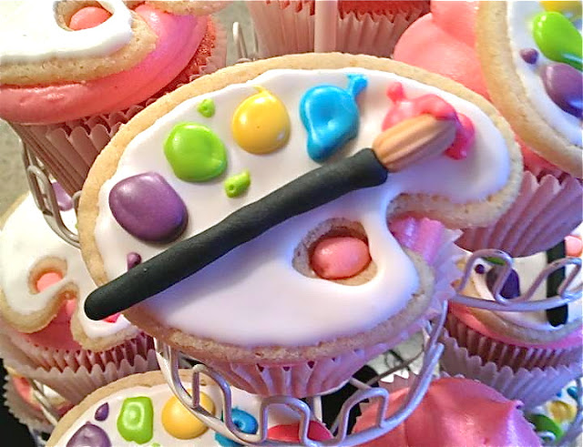 art party cupcakes