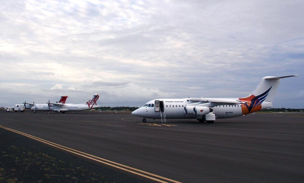 Central Queensland Plane Spotting: Super Saturday at Bundaberg ...