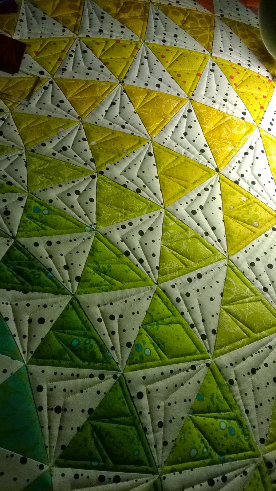 Triangle Quilt Pattern Texture Photos : The Quilting Mill: Kimberly s
